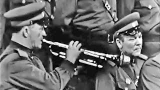 """""""Soldiers, On the Road!"""" - The Alexandrov Red Army Choir (1965)"""