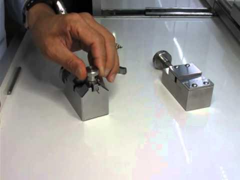 Bracelet Link (Integrated) Removing Tool