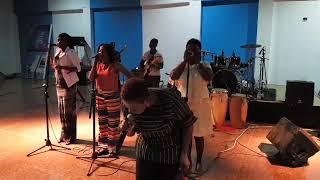 Piesie Esther Live Worship On Vision 1 Radio