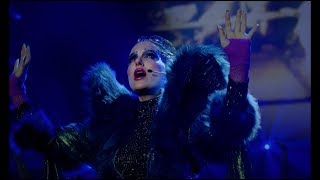 Gambar cover Natalie Portman - Wrapped Up (Vox Lux Soundtrack) [Official Video]