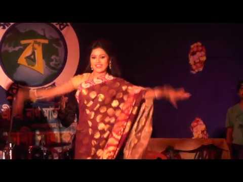 Sadi Balak Sangha 2016 Archestra Dance Of Diya(Dip Jele Jai Serial) Song Dekhecho Ki Take Oi Nil