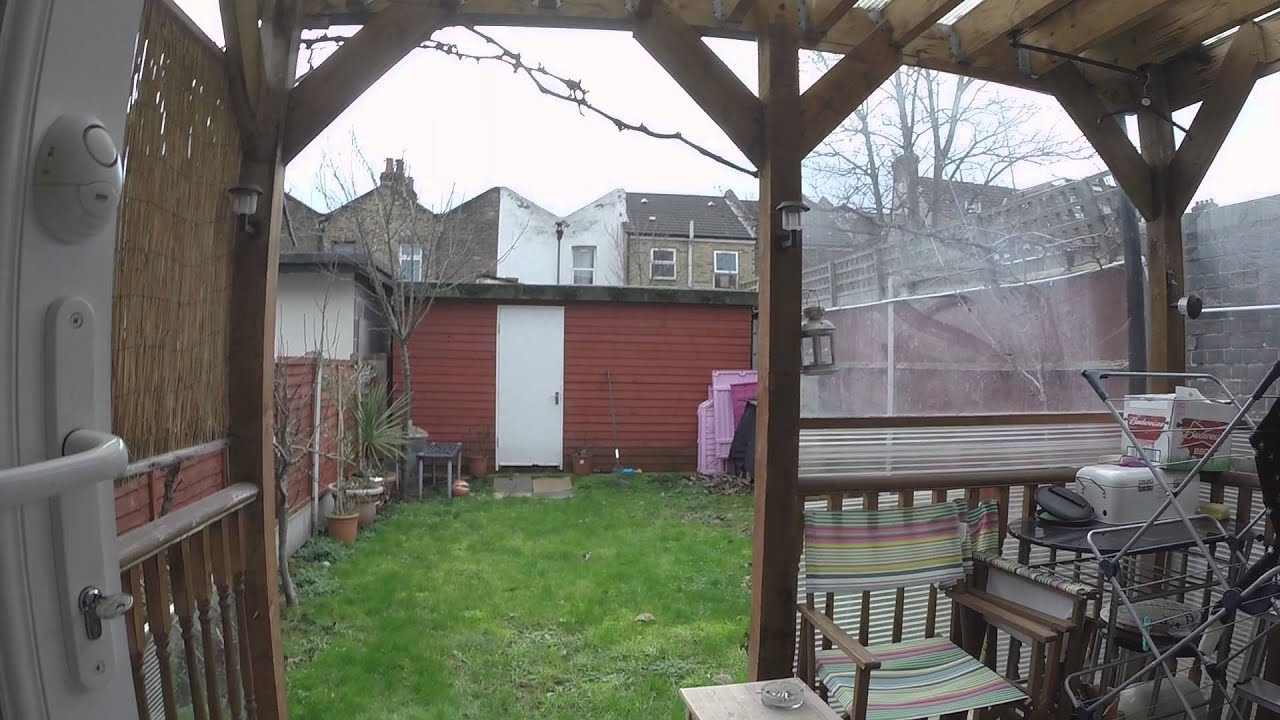 Six Rooms For Professionals in Shared House With Gym, Sauna and Garden in Newham