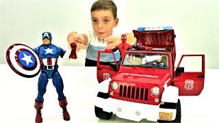 Супергерои в школе: Человек Паук и Капитан Америка - Распаковка