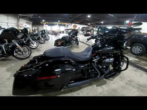 2018 Harley-Davidson Road Glide® Special in South Saint Paul, Minnesota - Video 1