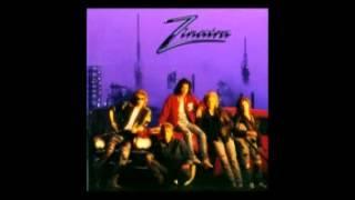 Zinatra - Moving on Sound (Looking for Love alt. lyrics)