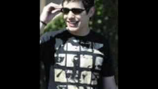 David Archuleta - Your Eyes Don't Lie (whistles)