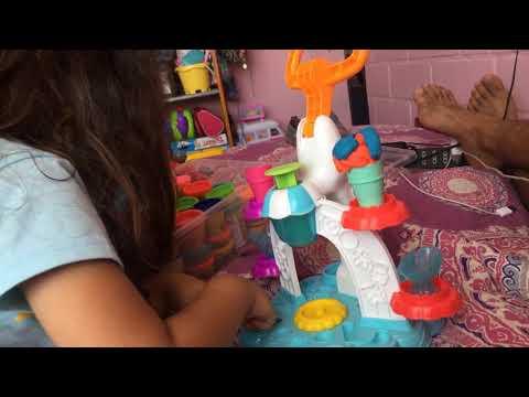Maquina de helados play-Doh 3