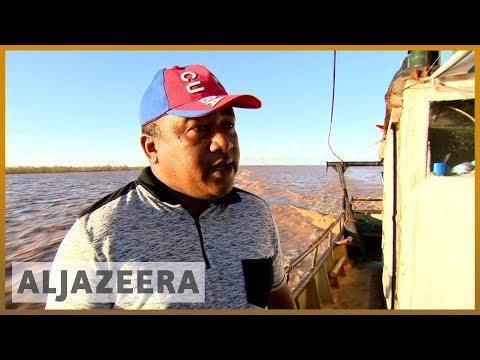🇲🇿 Cyclone Idai: Locals rescue stranded villagers in Mozambique l Al Jazeera English