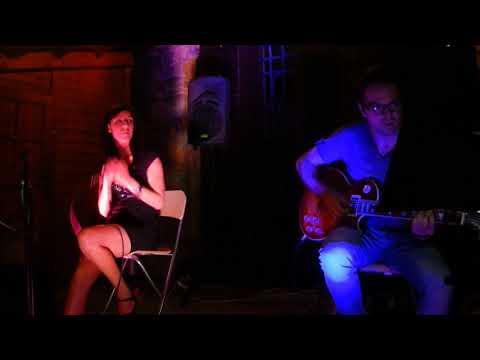 MALIBU POP ROCK Duo pop rock chitarra voce Pordenone musiqua.it