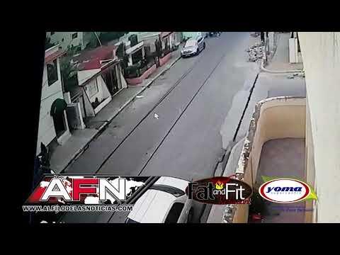 Cámara de seguridad capta momento en que un hombre se roba motor en SFM