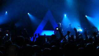 """30 Seconds to Mars - """"This is War"""" and """"100 Suns"""" (Live in San Diego 1-12-11)"""