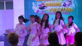 072615 Pastels cover Laboum (파스텔스) - Intro + Sugar Sugar at Hallyu Music Festival (Debut Stage)