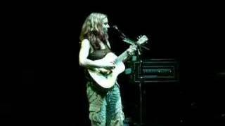 Ani DiFranco - Sorry I Am (live milano)
