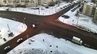 ДТП на пересечении улиц Ровио и Торнева в Петрозаводске