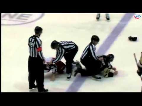 Bobby Farnham vs Mike Cornell