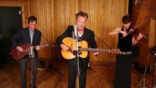 Singer John Mellencamp meets surgeon who saved his life