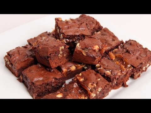 Triple Chocolate Caramel Brownies Recipe – Laura Vitale – Laura in the Kitchen Episode 333