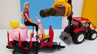 Barbie español. Una moto de juguete. Vídeo de juguetes.