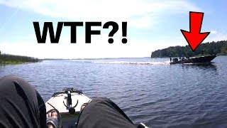 Why Kayak Anglers HATE Boaters...(RUDE!!!)