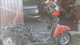 Ретро скутер из металлолома SUZUKI RAN.