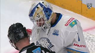 Karlsson gloves Dedunov shot