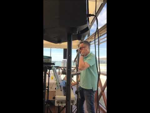 francescodematteolive Deejay Deejay, Piano bar e Karaoke Treviso Musiqua
