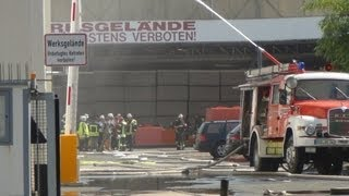 preview picture of video 'Feuerwehrleute bei Gefahrgutunfall in Oestrich-Winkel verletzt 13.08.2012'