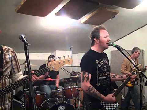 The Electric Red Rehearsing @ The Studio 84