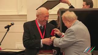 Художника Таира Салахова чествовали с 90 летием в Академии художеств РФ
