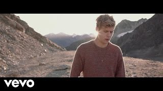 Thorsteinn Einarsson   Swingset (Official Video)