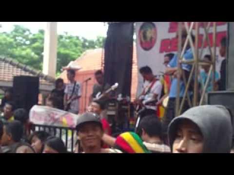 JG Reggae- Scooter mania,peron satoe cover(Live Sound of Reggaeska, Ponorogo)