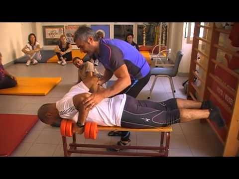 Il mal di schiena a che il dottore rivolgersi