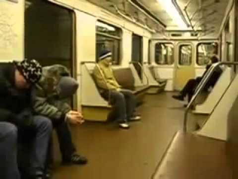 Студенты в метро Юмор! Прикол! Смех