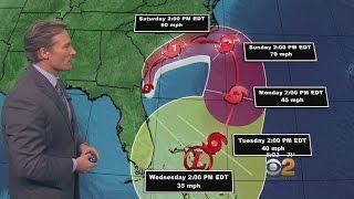 Hurricane Matthew: Lonnie Tracks Path