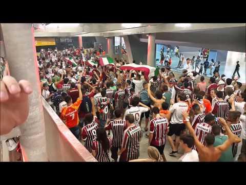 """""""Desde Pequeno Eu Te Sigo"""" Barra: O Bravo Ano de 52 • Club: Fluminense"""