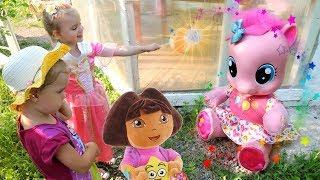 Фея Соня и Лиза Следопыт спасают Пинки Пай
