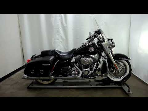 2010 Harley-Davidson Road King® Classic in Eden Prairie, Minnesota - Video 1