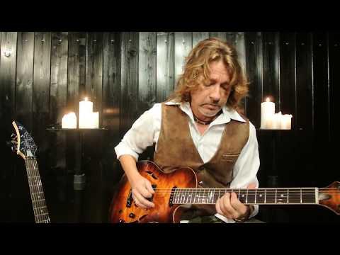 Mike Poss - Mike Poss: At the Castle (Original Guitar Instrumental)