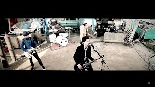 Lirik Lagu dan Chord (Kunci) Gitar Jangan Dulu Tenggelam - Rocket Rockers