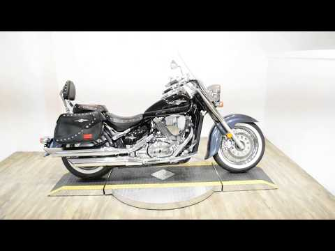 2011 Suzuki Boulevard C50T in Wauconda, Illinois - Video 1