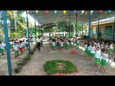 Hoạt động thể dục buổi sáng của trẻ tại trường mẫu giáo Phú Xuân