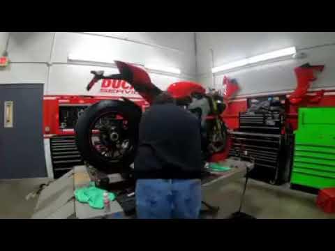 2019 Ducati Panigale V4 S in Concord, New Hampshire - Video 1