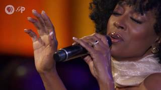"""The Chris Botti Band In Concert - """"The Very Thought Of You"""" featuring Sy Smith"""