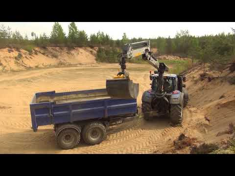 KESLA 316T and proG26 grapple with straight-wall gravel buckets