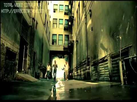 One love - 1 hãng kinh doanh BCS đã rất thành công khi sử dụng ca khúc này làm nhạc quảng cáo. Đơn giản vì nó khiến mọi người muốn nghe lại nhiều lần