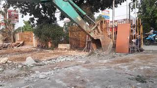 Pembongkaran Gedung Di Meruya Jakarta Barat