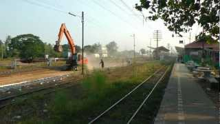 preview picture of video 'HD,Udon Thani,อุดรธานี,Railway Station,Track Laying,2012,Thailand,2555.'