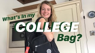 What's In My College Bag?    2019