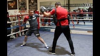 THE JACKAL! - CARL FRAMPTON LOOKING SUPER-SHARP - SMASHING THE PADS WITH TRAINER JAMIE MOORE | Kholo.pk