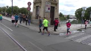 Video Prague Marathon 2019 - Riders on the Storm